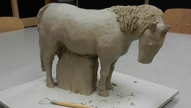 Het boetseren van een pony of paard