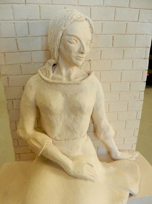 dame van witte klei